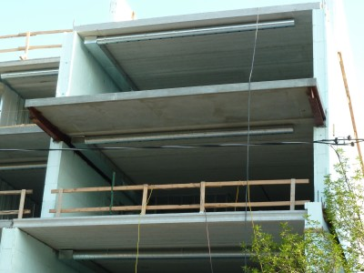 Pros and cons of insulated concrete forms bluegreen for Icf houses pros and cons